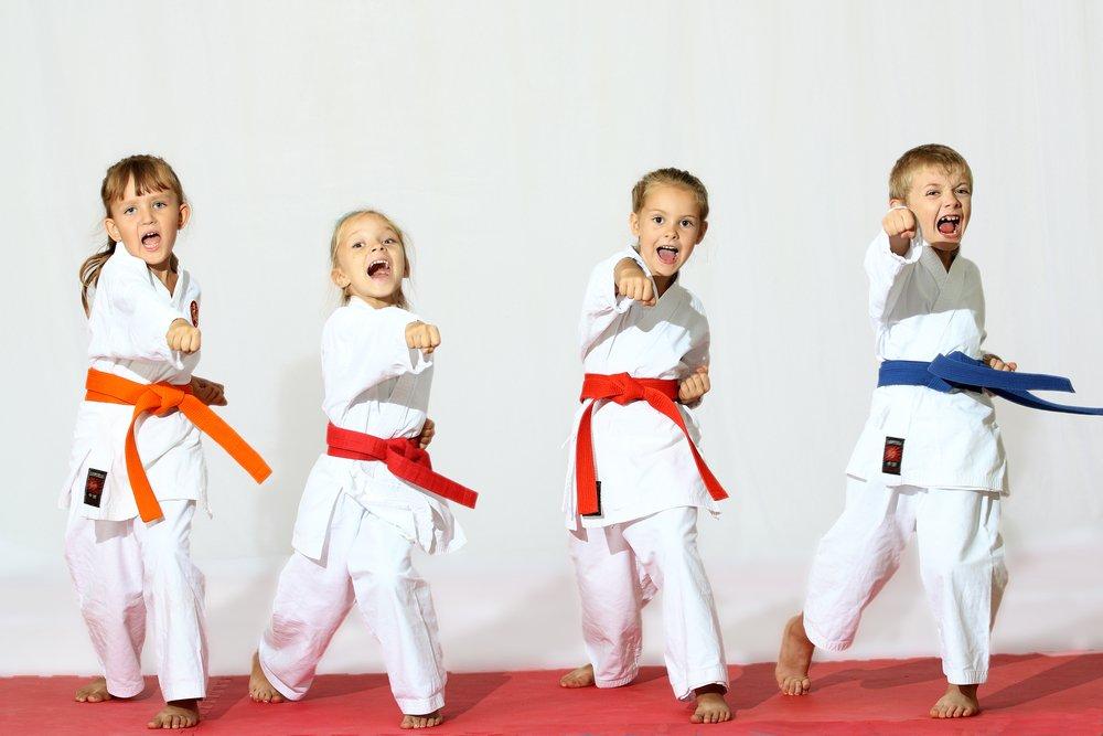 Основные правила самозащиты, которые родителям стоит объяснить детям