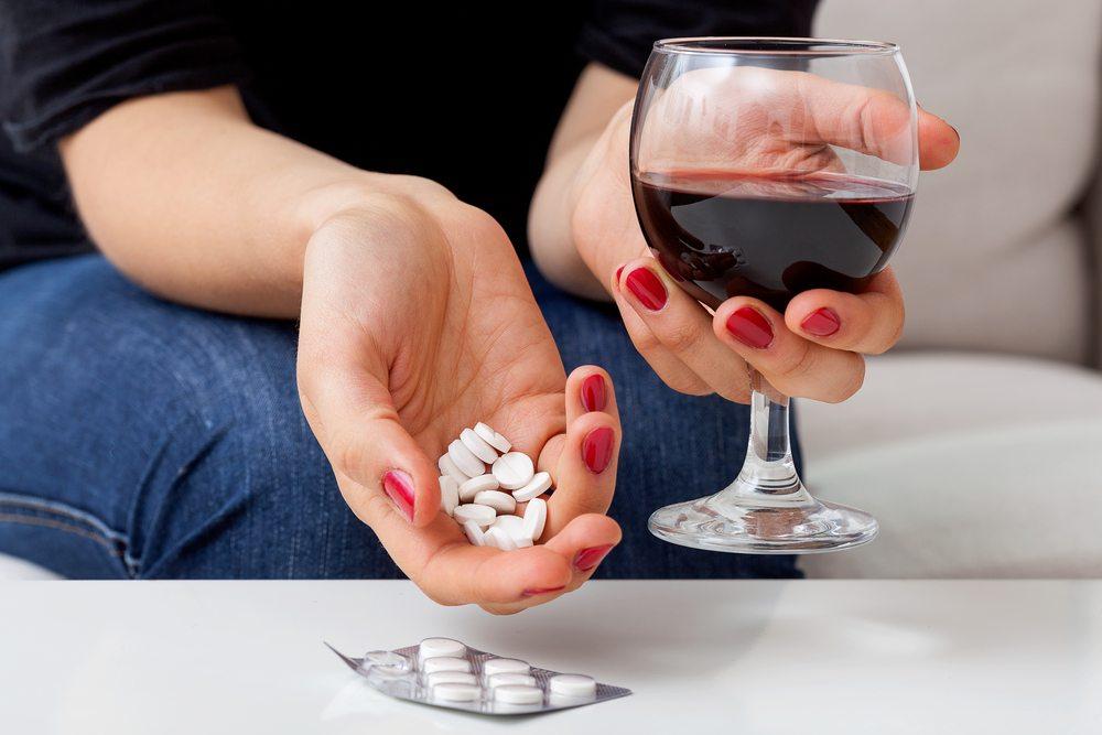 Лекарства при простуде и алкогольные напитки