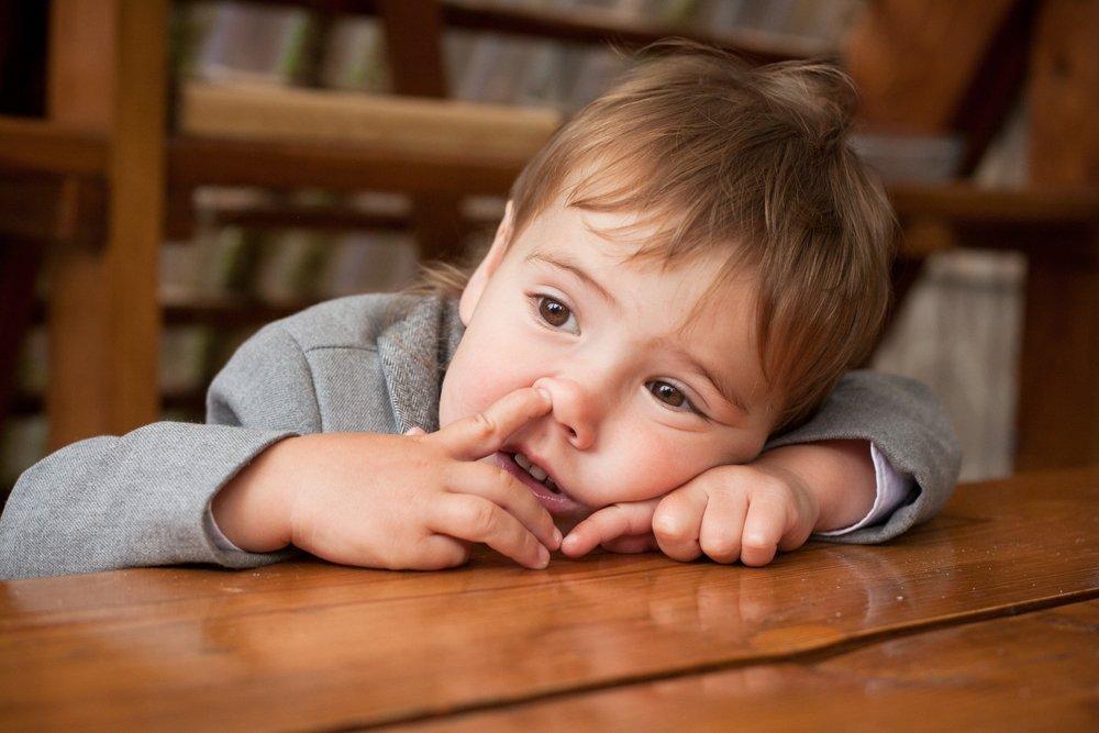Привычка ковырять в носу и все, что ее сопровождает