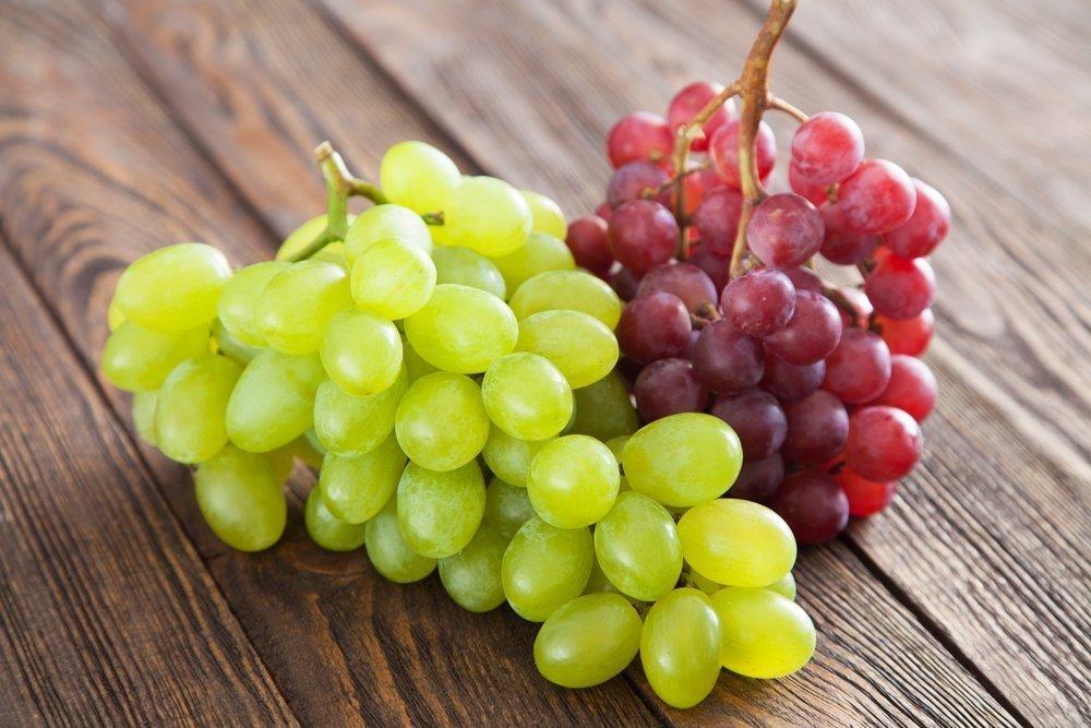 Может ли мать есть лесные ягоды и виноград?