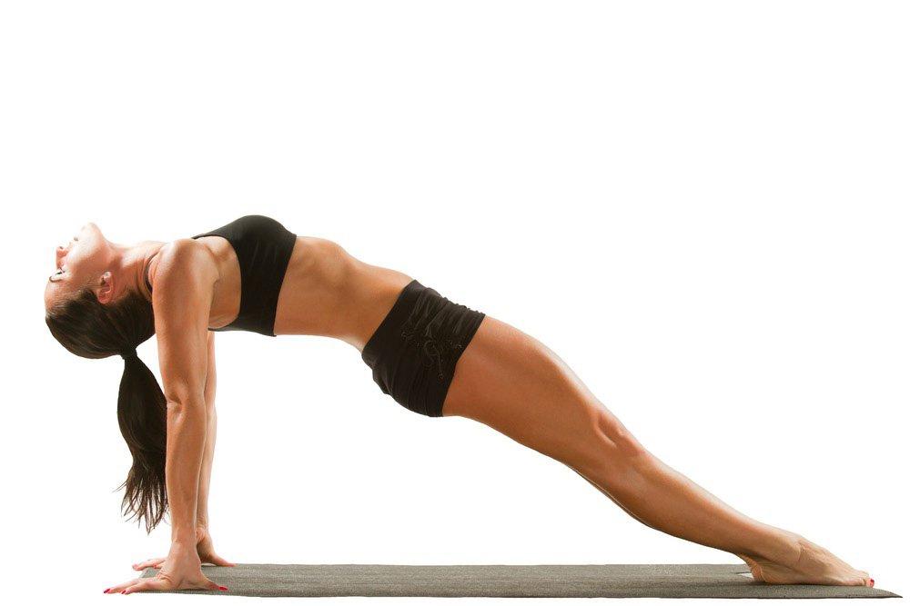 Упражнения пилатес: положение лежа на спине