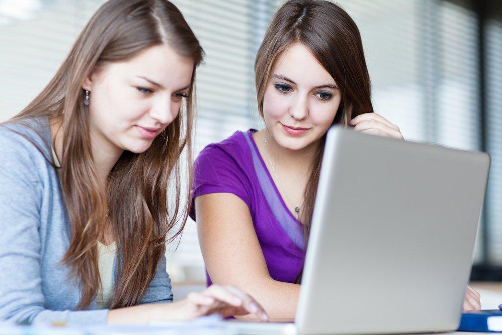 Как реагировать, если ребенок пренебрегает школой и уроками?