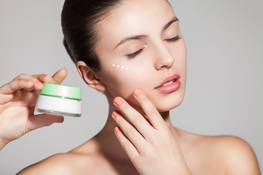 Витамины группы В: полезные компоненты в кремах и шампунях