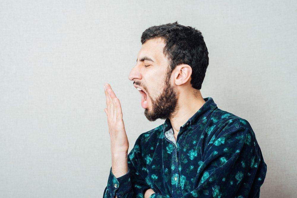 Неприятный запах изо рта — не единственный симптом
