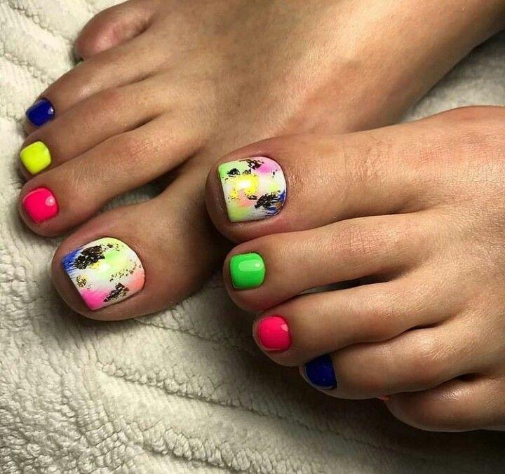 1. Неоновые краски Источник: pinimg.com