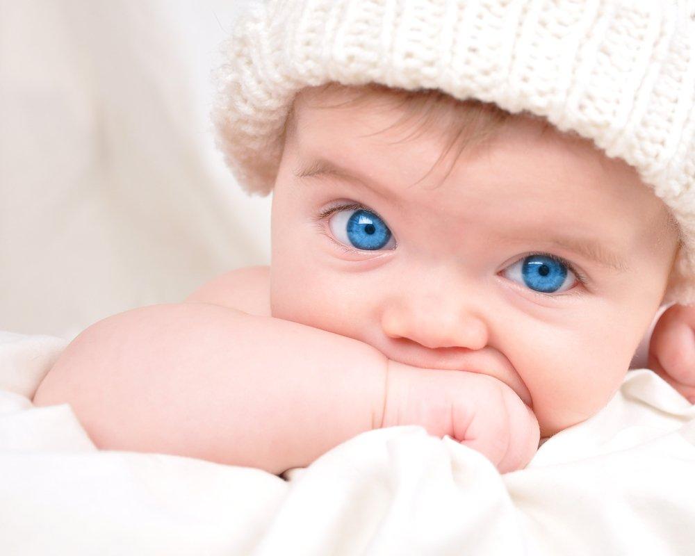 Чем вызывается конъюнктивит у новорожденных