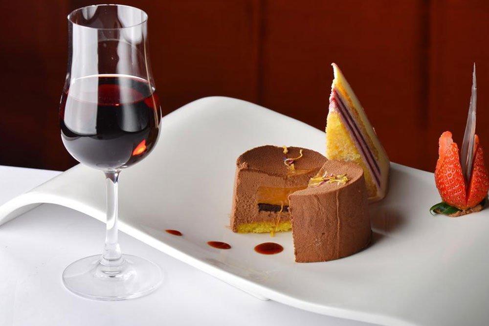 Вино в десертах
