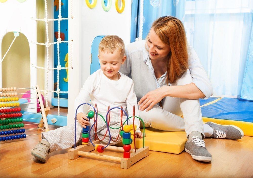 А у вас существует проблема, чем занять ребенка на каникулах?