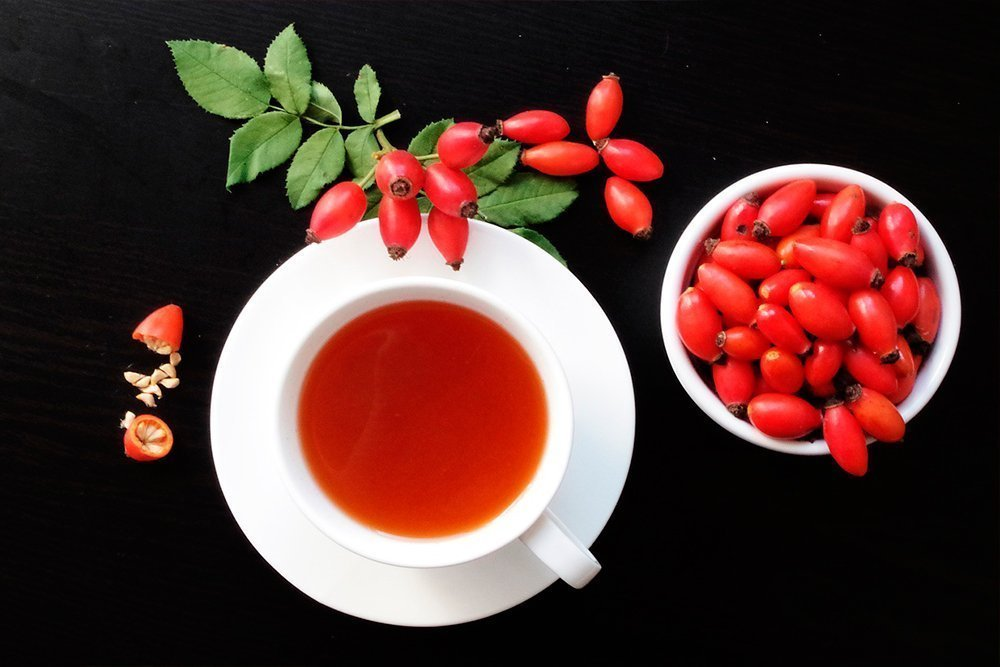 Шиповник — польза целебных ягод из глубины веков