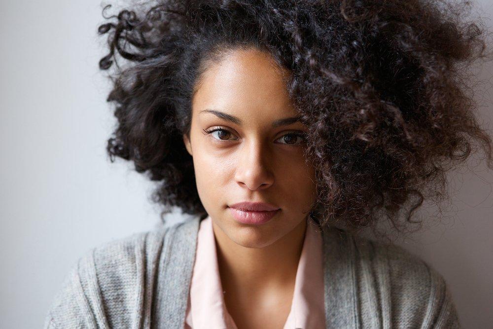 Причины пушистости волос