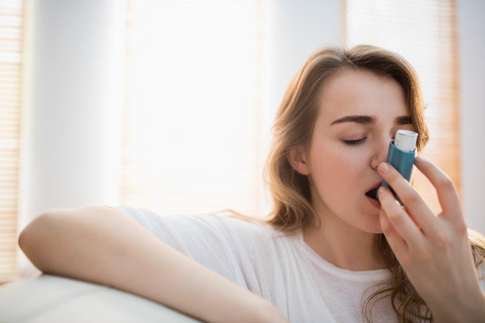 Приступ бронхиальной астмы: как помочь человеку