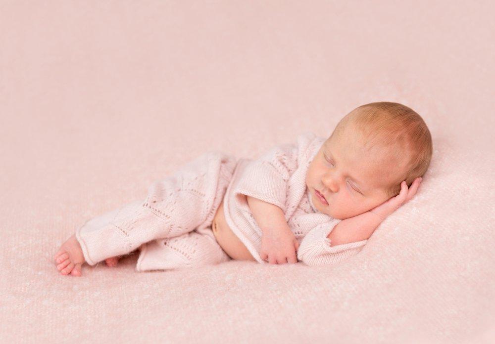 Голова грудничка: какие нормы нужно знать родителям