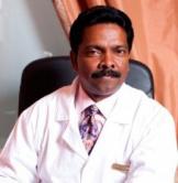 Унникришнан Тхачараккал, доктор Аюрведы, специалист Панчакарма терапии в России, участник научно-исследовательской работы по эффективности Расаяна терапии (терапии омоложения)
