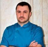 Соцкий Лев Витальевич, к.м.н., пластический эстетический хирург, эксперт в области комплексного омоложения лица Евразийской клиники EA Clinic