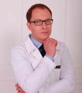 Павел Владимирович Корнеев, пластический хирург