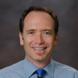 Бен Хоффман, педиатр, один из разработчиков рекомендаций по безопасности автокресел для детей от American Academy of Pediatrics