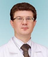 Истранов Андрей Леонидович, пластический хирург, д.м.н., врач высшей категории сети медицинских клиник «Семейная»