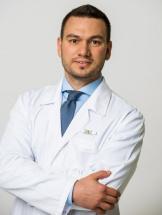 Михаил Владимирович Овчинников, хирург-онколог, участник европейских и российских врачебных ассоциаций клинической онкологии