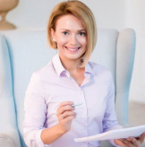 Юлианна Плискина, эксперт по здоровому питанию, коуч, автор книжных бестселлеров по ЗОЖ, психолог, телеведущая, входит в Топ-20 спикеров России