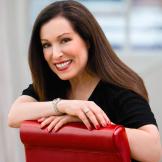 Пола Бегун, косметолог, визажист, бьюти-эксперт, автор бестселлеров об уходе за кожей и макияже