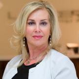 Лиуза Дешам, дерматолог