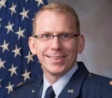 Кейд Найлунд, подполковник медицинского корпуса ВВС США