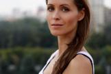 Чудакова Дарья, профессиональная актриса театра и кино, артистка балета, cертифицированный преподаватель Хатха-йоги (опыт преподавания 9 лет) и Перинатальной йоги, соучредитель программы самосовершенствования SoulTeam
