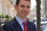 Дэниел Гласс, дерматолог