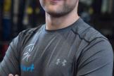 Максим Нагибин, сертифицированный тренер ведущих федераций фитнеса в России (FPA, ФФАР), имеет 1 взрослый разряд по футболу
