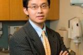 Доктор Стивен Ванг, дерматолог, онколог