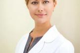 Ольга Сергеевна Варваричева, кандидат медицинских наук, косметолог, дерматовенеролог. Член Американской Академии Лазерной Медицины и Хирургии ASLMS