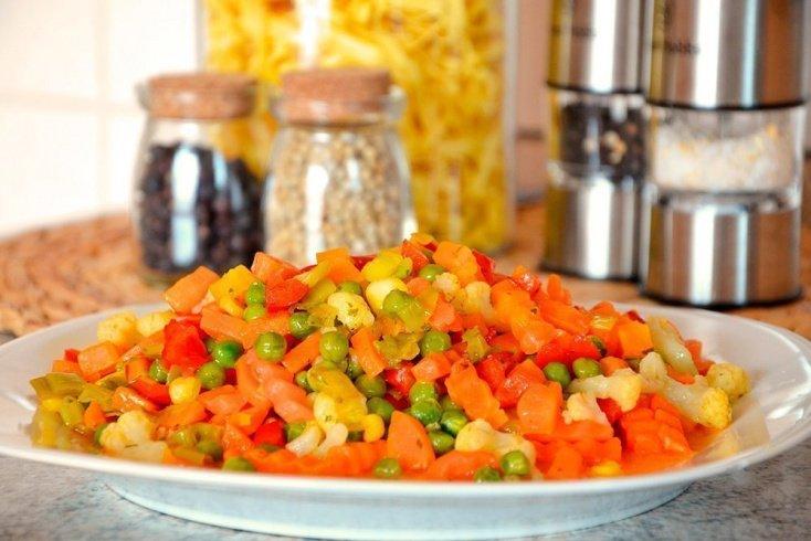 Здоровое питание: правила приготовления замороженных овощей