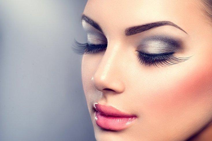 Секреты быстрого макияжа и красивой прически