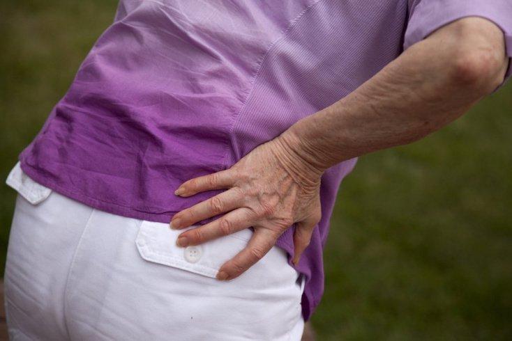 Симптомы при артрите тазобедренного сустава: боль, отек, гиперемия и другое