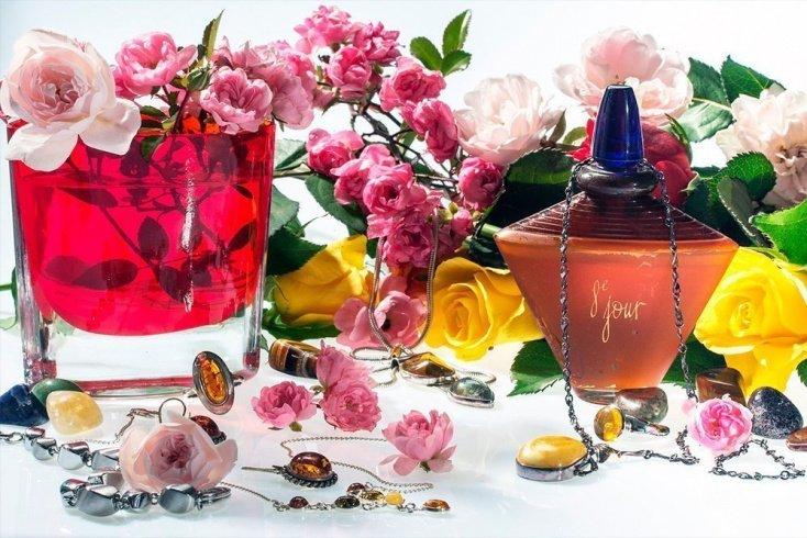 Признаки селективных парфюмов