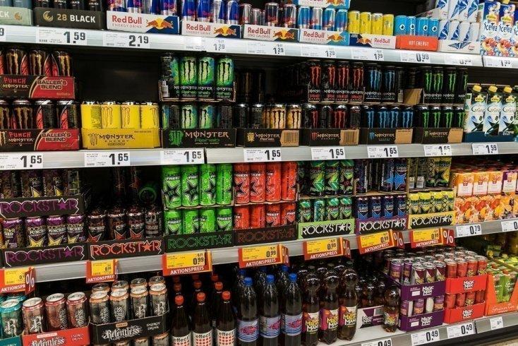 Суть привычки пить «энергетики» Источник: Shanti Hesse / Shutterstock.com