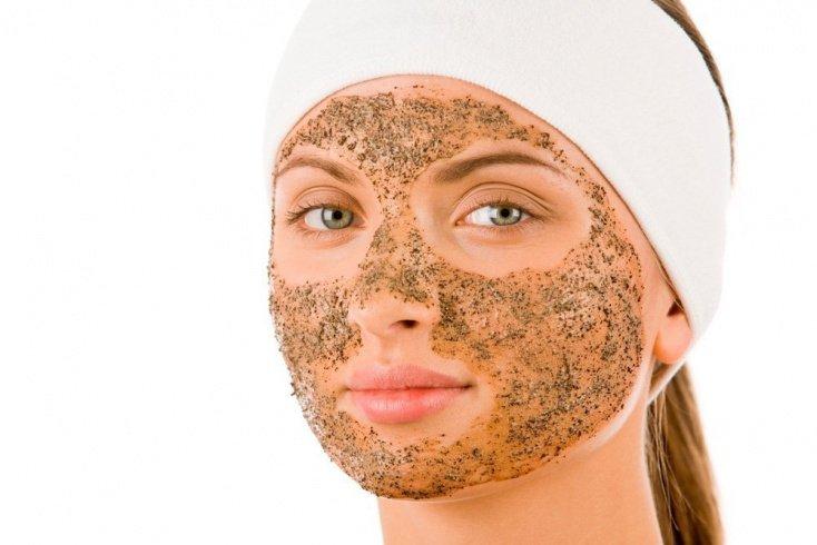 Фруктовые и ореховые скрабы для красоты лица