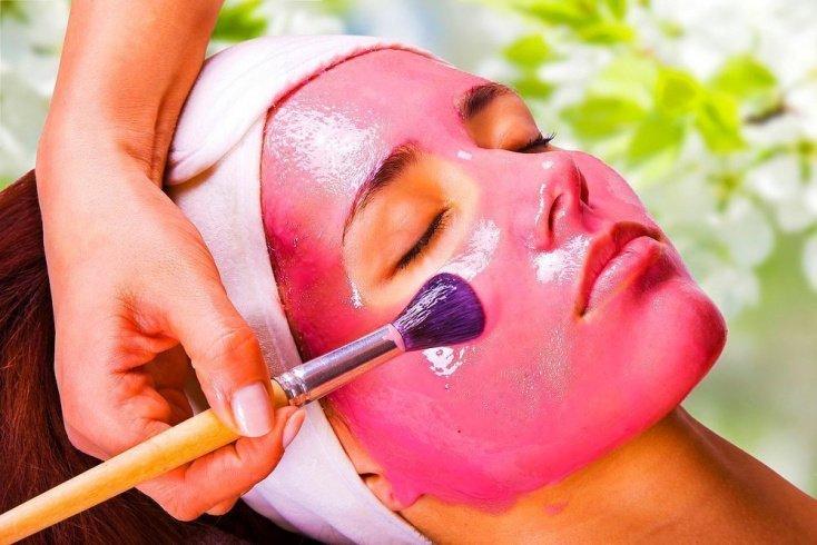 Рецепты полезных клюквенных масок для кожи