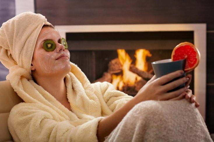 Отбеливающие маски: правила применения рецептов красоты