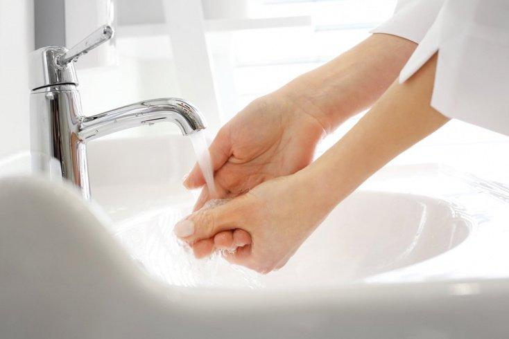 Пошаговые инструкции: помощь при ожоге кожи