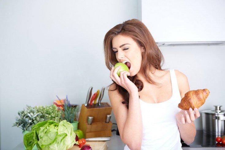 Снизьте количество калорий в рационе во второй половине дня