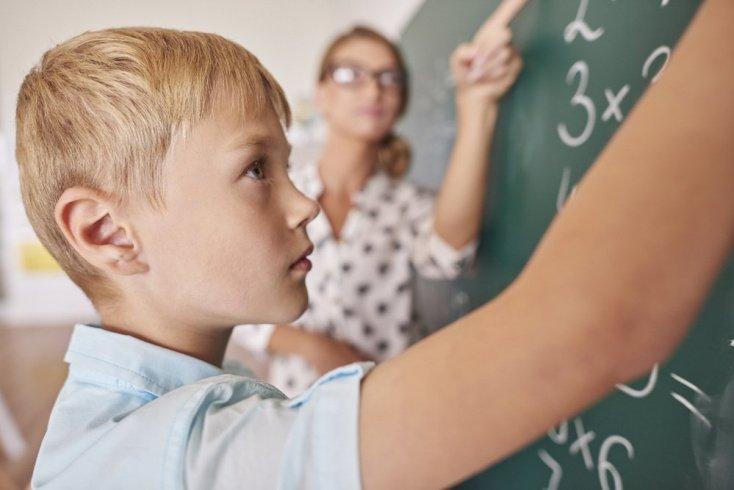 Грудное вскармливание повышает IQ ребенка и помогает достичь успехов в жизни
