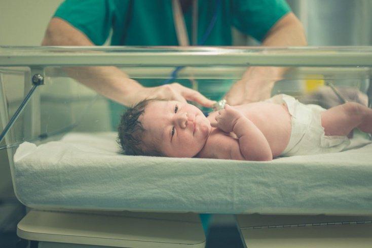 Проявления гипоксии при рождении: нарушения дыхания, цвет кожи