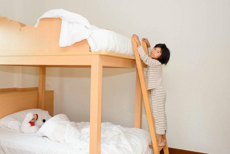 Две кровати, два матраса