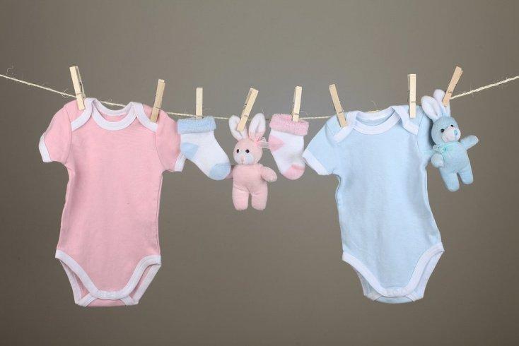 Постирать вещи для новорожденного