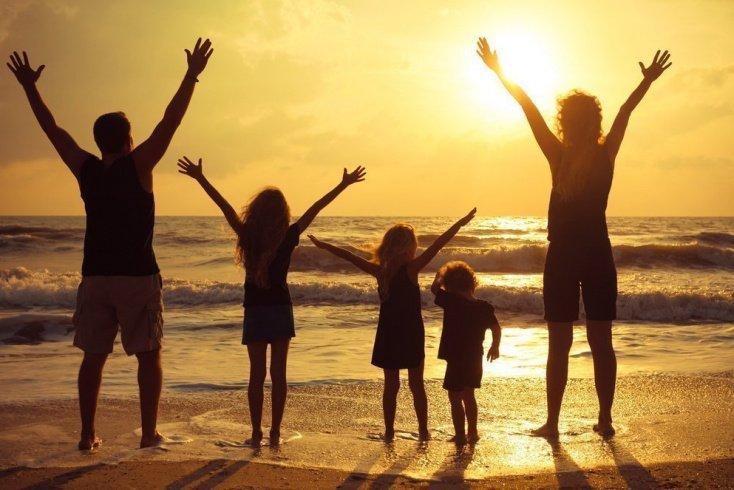Страх восьмой: поехать в отпуск большой семьей — большая проблема
