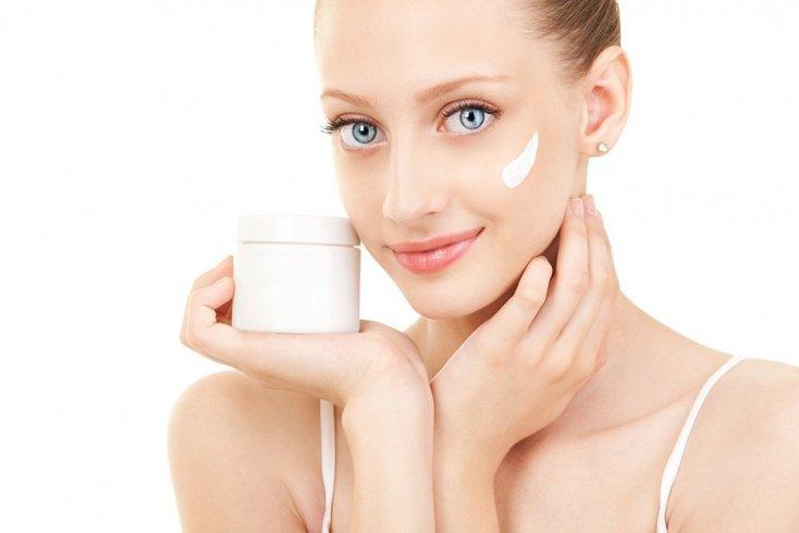 Солнцезащитная косметика для лица и тела