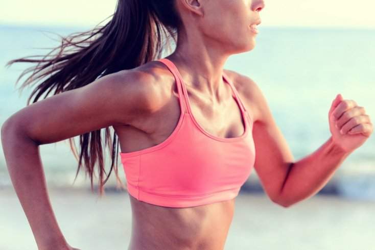 Профилактика потери формы грудью при физических нагрузках