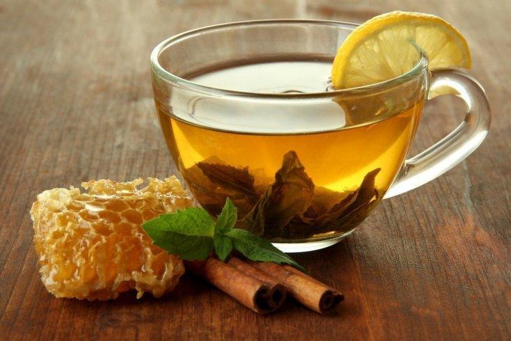 3. Чай с медом и лимоном хорош в холода