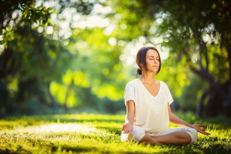 Упражнения для глаз из йоги